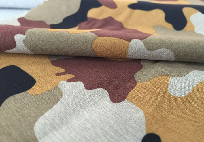 Polyester two tone 4 way stretch fabric camouflage printed